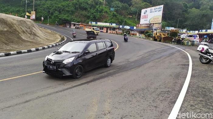 Kendaraan berplat Jakarta masuk Cianjur lantaran pemeriksaan pada Jumat (10/4/2020) longgar.