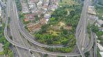 Foto Jalan Tol Jakarta yang Lengang di Hari Pertama PSBB