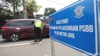 Video Suasana Sejumlah Titik di Jakarta pada Hari Pertama PSBB