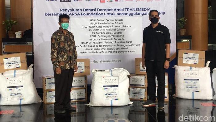 CT ARSA dan Dompet Amal TRANSMEDIA Salurkan Donasi Penanganan Corona