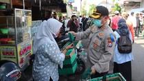 Patroli di Perbatasan Jatim-Jateng, yang Masuk Ngawi Dicek Suhu Tubuh