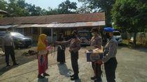Polisi Bagikan Masker Cegah Corona di Aceh: Keluar Rumah Wajib Dipakai!