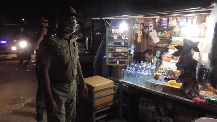 Pembubaran pedagang pasar di Polewali Mandar