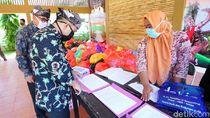 ASN Pemkab Banyuwangi Gotong Royong Bantu Warga Terdampak Corona