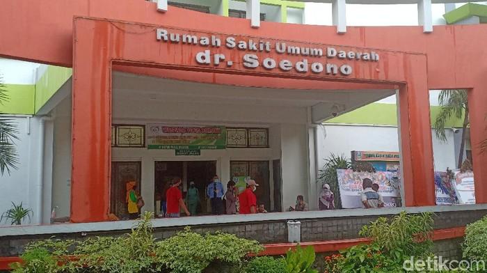 Jumlah warga Nganjuk yang positif Corona bertambah satu sehingga totalnya menjadi delapan. Tambahan satu pasien itu bukan dari klaster Asrama Haji Surabaya.