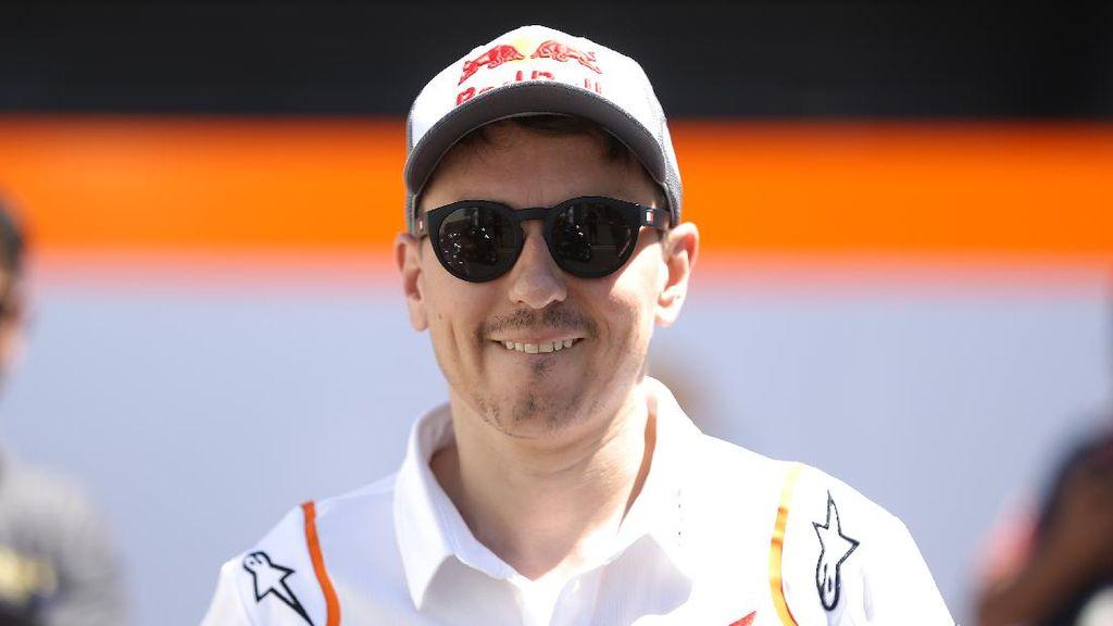 Jorge Lorenzo Negosiasi dengan Ducati untuk Balapan Lagi