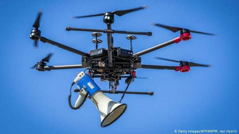 Jerman Siap Kerahkan Drone Untuk Awasi Pembatasan Bergerak