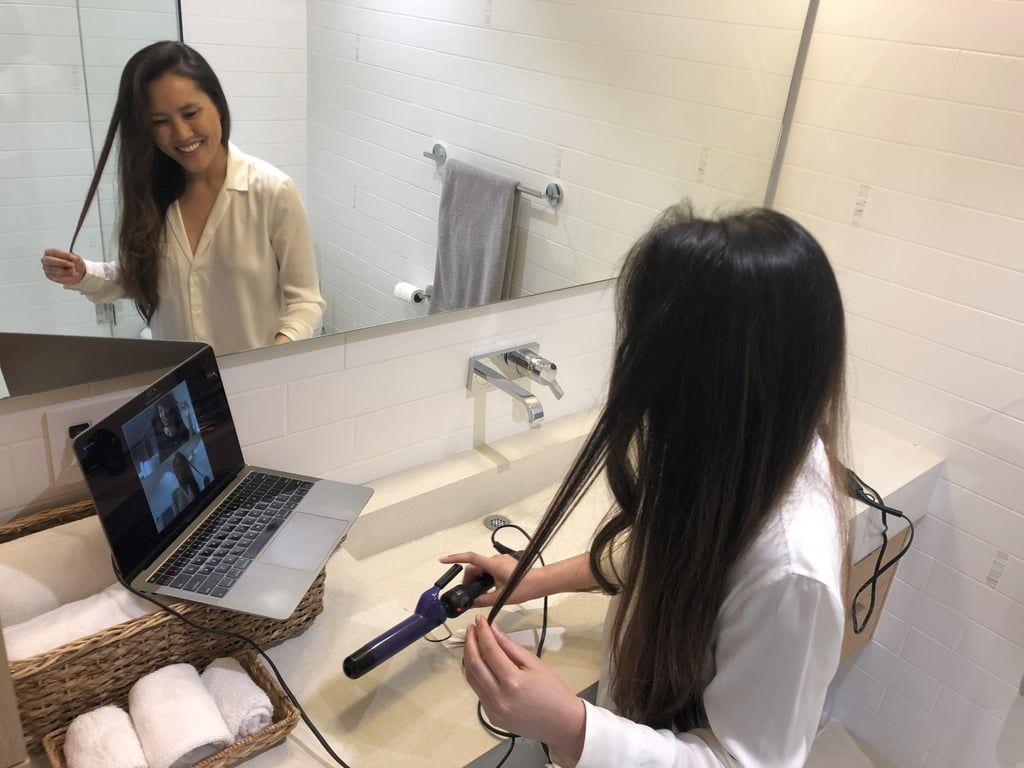 Ashley Yuki menata rambut di hari pernikahan