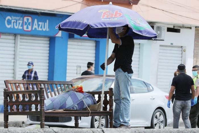 Ekuador Babak Belur Hadapi Pandemi Corona