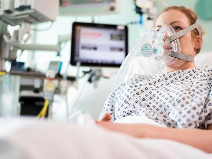 Ciri-ciri Terkena Virus Corona. Foto: BBC Karangan Khas