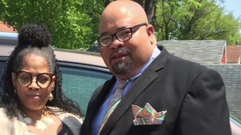 Jason Hargrove dan istrinya, Desha Johnson