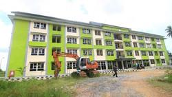 Pemprov Kota Pontianak menyiapkan rusunawa Nipah Kuning untuk menjadi lokasi karantina terkait Corona. Rusunawa itu diketahui berkapasitas 58 kamar.