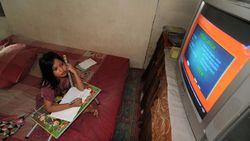 Kak Seto: Banyak Anak Tertekan saat Belajar di Rumah