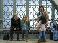 Domhnall Gleeson tentang RUN, Harry Potter, dan Sekuel Peter Rabbit