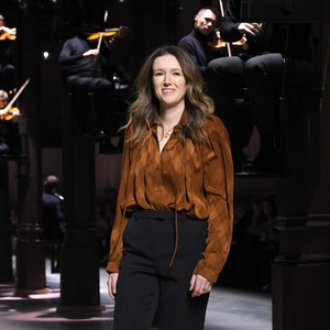Desainer Gaun Pengantin Meghan Markle Tinggalkan Givenchy