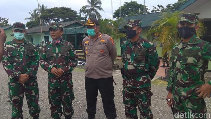 Garnisun TNI di Timika apel bersama Polres Mimika untuk meredam dampak insiden di Membramo Raya (Saiman/detikcom)