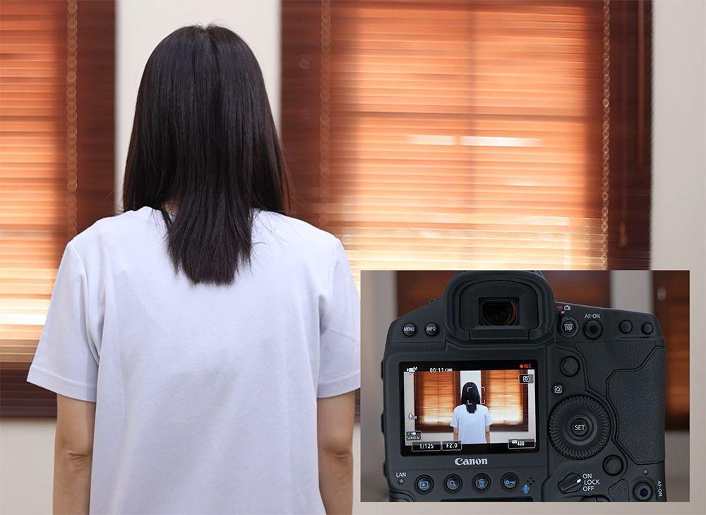 Head detection mendeteksi kepala saat merekam video meskipun wajah tidak terlihat.