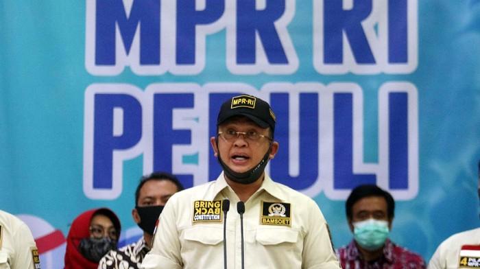 Ketua MPR RI, Bambang Soesatyo meluncurkan MPR RI Peduli COVID-19. Program ini bertujuan mempercepat penanganan COVID-19 dengan menggalang dana.