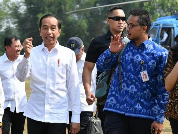 Stafsus Presiden Joko Widodo (Jokowi), Andi Taufan Garuda Putra