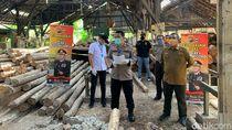 4 Pembalak Liar Diamankan, 1.348 Batang Kayu Jati Disita