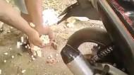 Bikin Popcorn Pakai Knalpot Motor, Netizen : Rasa Ampas Knalpot