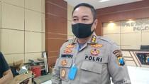 Cegah Jemput Paksa Pasien COVID-19, Polisi Terus Berjaga di Rumah Sakit