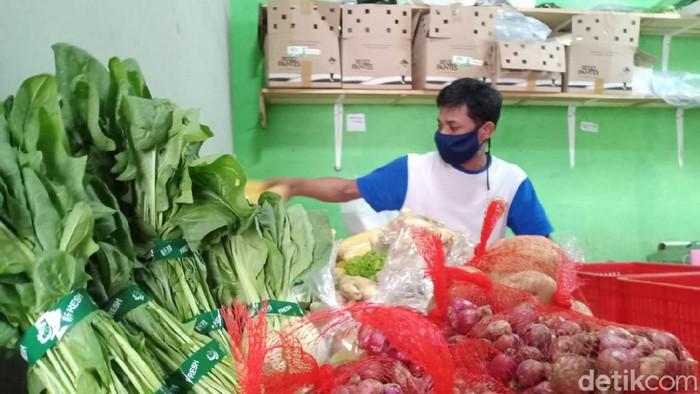 Penjual Sayuran Via Online di Bandung Barat