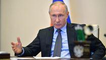 Putin Cabut Aturan Tak Kerja di Masa Pandemi Corona
