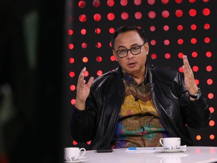 Sekretaris Kementerian Koperasi dan UKM Prof. Rully Indrawan