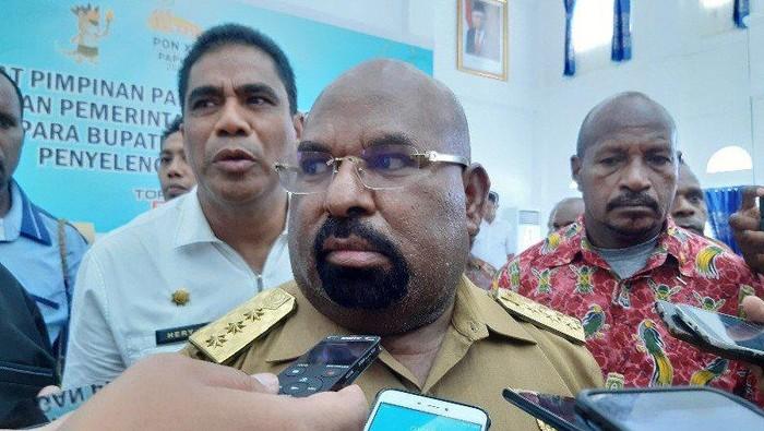 Gubernur Papua Lukas Enembe  (ANTARA/Hendrina Dian Kandipi)