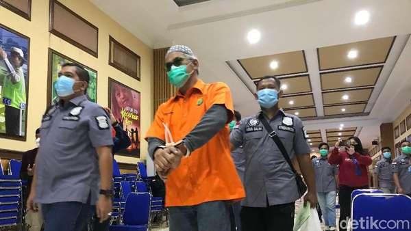 Penampakan Tio Pakusadewo yang Ditangkap Lagi karena Narkoba