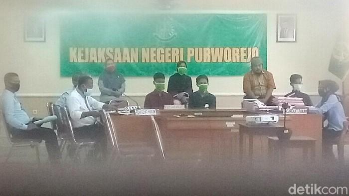 Suasana sidang online kasus perundungan siswi SMP di Purworejo