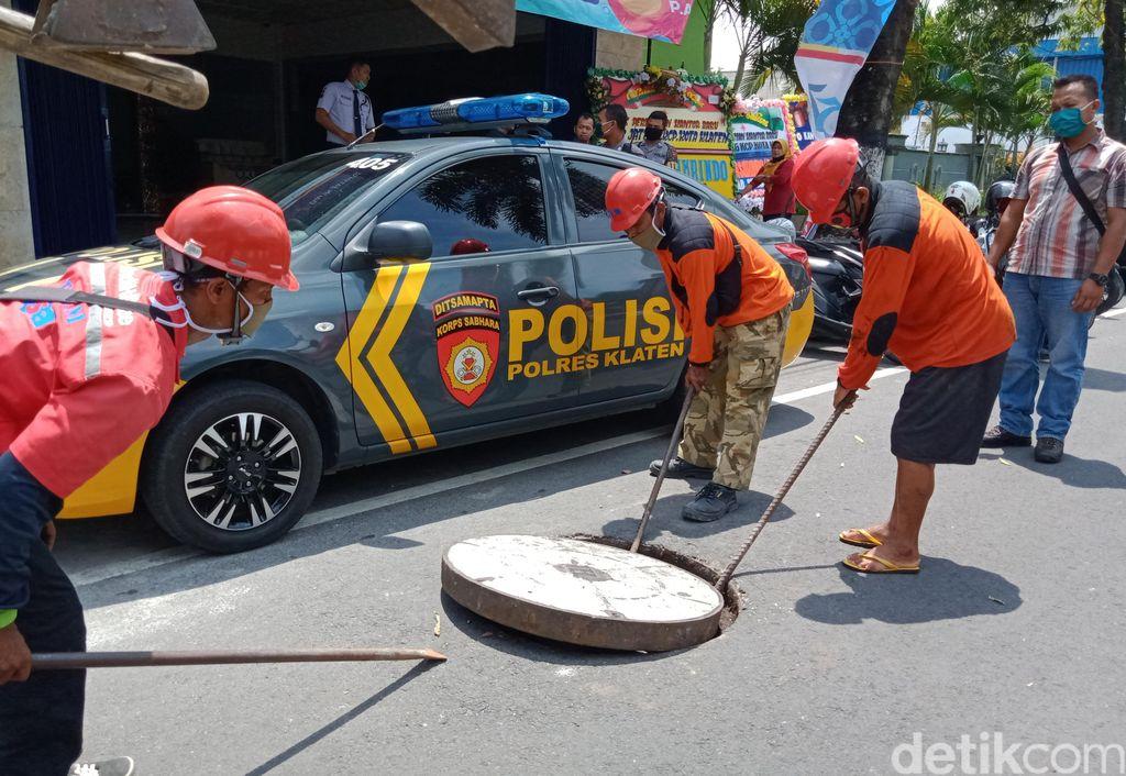 pencurian kabel telkom