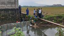 Pipa Kendur, Solar Pertamina Rembes Masuk ke Sungai di Bandung