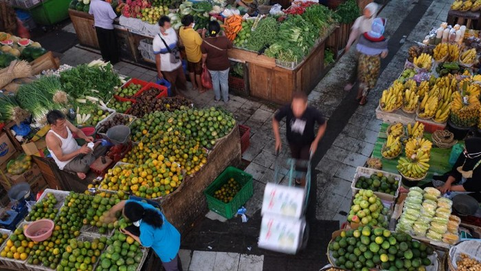 Stok pangan di Jawa Tengah dipastikan aman jelang Ramadhan 2020. Stok pangan bahkan mampu mencukupi kebutuhan masyarakat Jawa Tengah hingga 3 bulan mendatang.