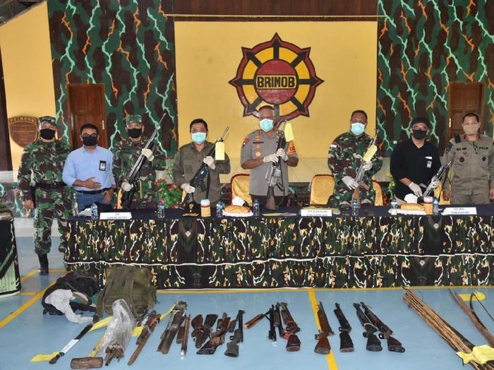 Kapolda Irjen Paulus Waterpauw merilis kejahatan KKB di Timika, Papua
