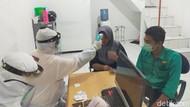 Pekerja Migran dari Malaysia Tiba di Banyuwangi Langsung Dirapid Test