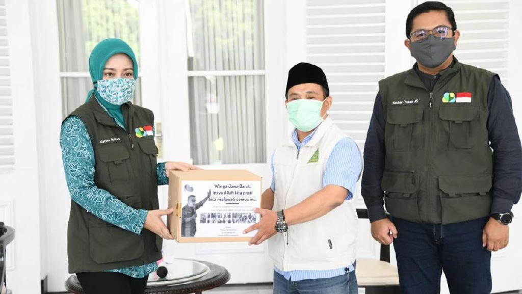 Jabar Bergerak Salurkan 600 Paket Sembako ke Guru Ngaji & Pemuka Agama