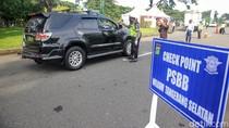 Video Oknum Polisi Bandung Dimutasi Usai Amuk Petugas PSBB