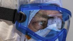 Ratusan ribu kasus COVID-19 di Italia membuat tenaga medis harus bekerja ekstra guna menyelamatkan nyawa warganya. Beginilah potret kesehariannya.
