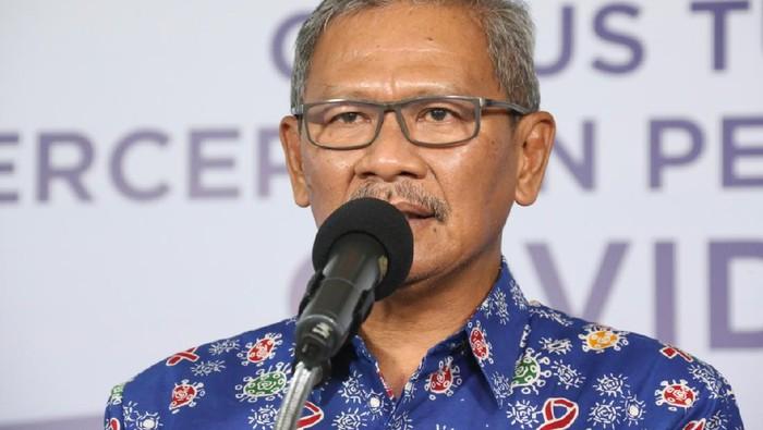 Jubir pemerintah pakai batik HIV