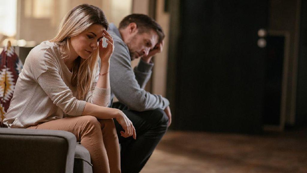 Punya Pacar Pria Usianya Lebih Muda, Bagaimana Kelanjutan Hubungan Kami?