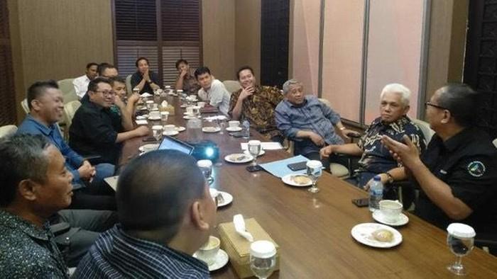 SMSI Dukung Dewan Pers Tolak Pembahasan RKUHP Dilanjutkan Saat Corona (Foto: dok. SMSI)