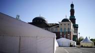 Parkiran Masjid di Birmingham Jadi Kamar Mayat Darurat