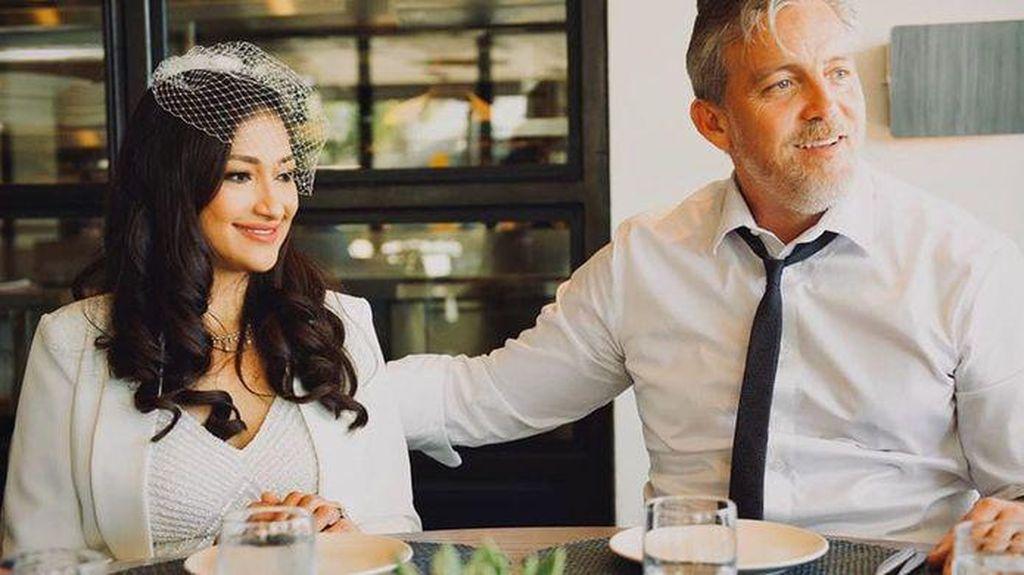Ini Momen Manis Rahma Azhari dan Paris Chong Makan Bersama