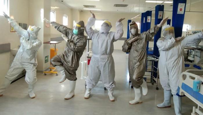 Perawat RS Unair Sempat Cemas Saat Akan Rawat Pasien Corona