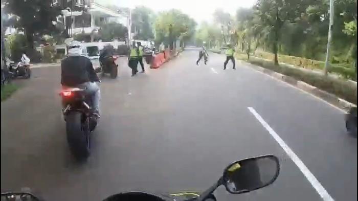 Viral Kebut-kebutan Motor Sport di Patimura Jaksel saat PSBB, Ini Kata Polisi