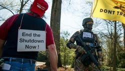 Tolak Karantina, Demonstran AS: Beri Aku Kebebasan Atau Beri Aku COVID