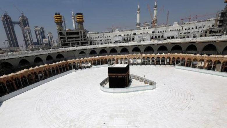 Dari Makkah Sampai Bandung, Umat Muslim Sambut Ramadan di Tengah Pandemi