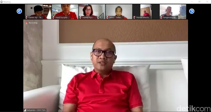 Direktur Utama Telkomsel Setyanto Hantoro